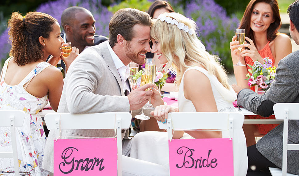 Pros and cons of a good wedding ceremony